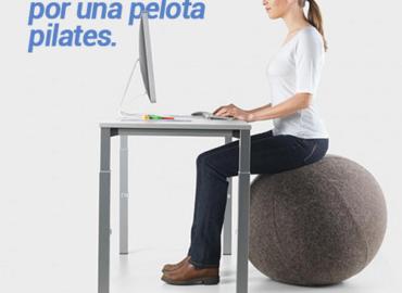 Cambia tu silla por una pelota pilates